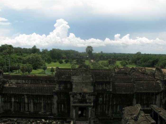 Uitzicht van binnen Angkor Wat